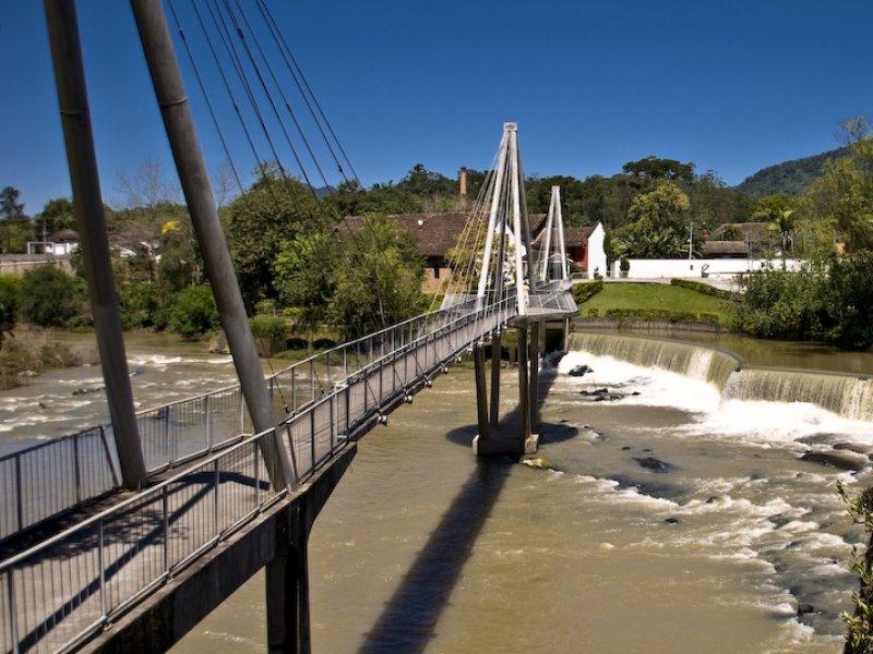 Ponte do Rio Milanês