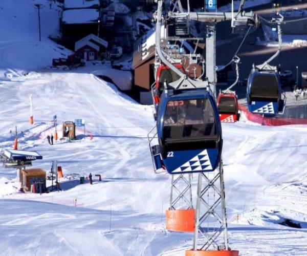 Valle Nevado - Gondolas