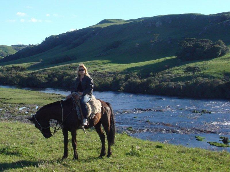 Passeio a cavalo na trilha do Lajeado