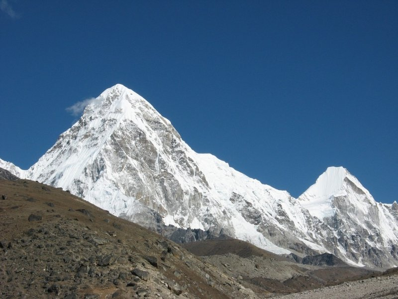 Everest Trek - Pumori