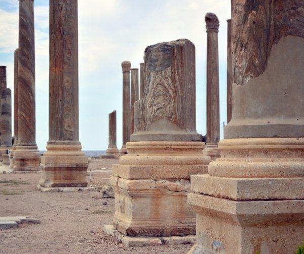Vestígios de civilizações antigas no Líbano