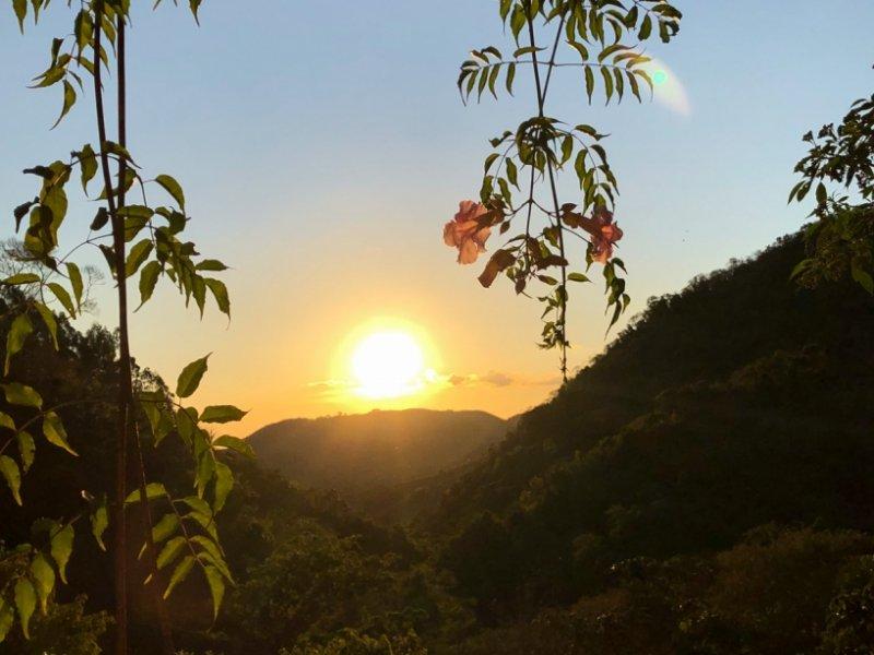 Pôr do Sol no Refúgio das 7 Cachoeiras
