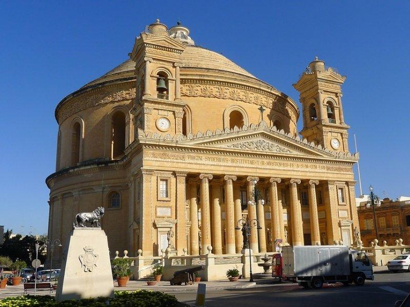 Cupula - Malta