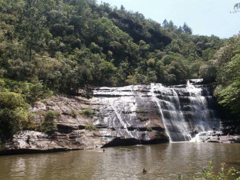 Cachoeira do Lago Azul