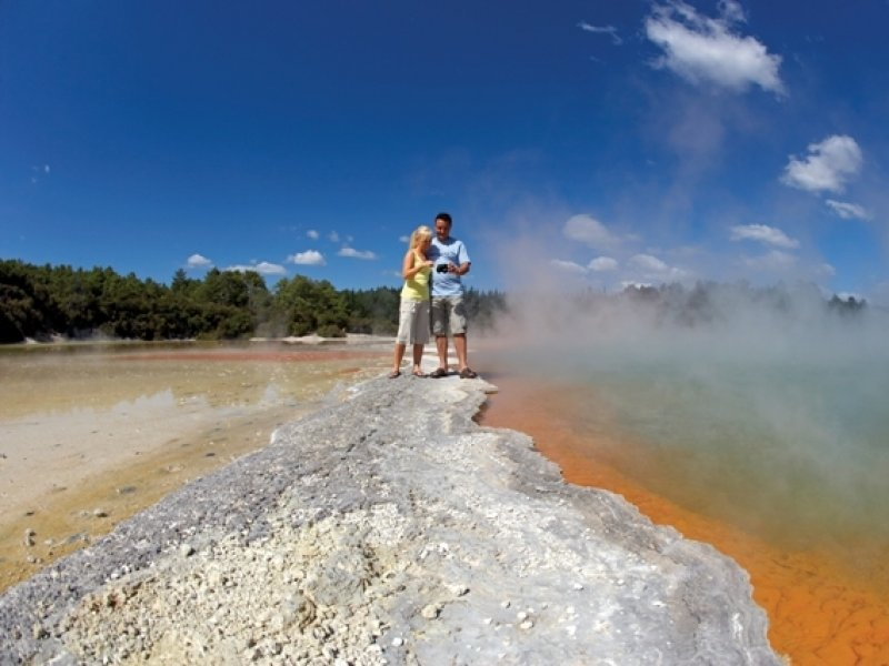 Rotorua -Geysers - foto Chris Mclennan