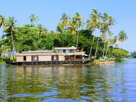 Hampi & Sul da Índia c/ Cris Cury